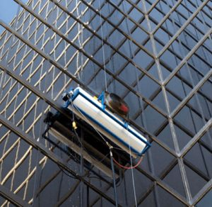 self-climbing HighRise™ window cleaning