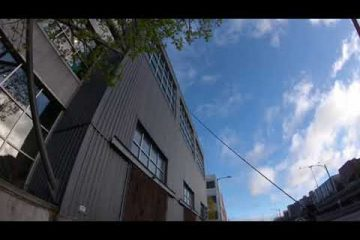 Exterior window cleaning at REI Seattle /video/