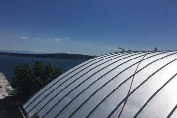 Window cleaning in Seattle - Triplex On Lake Washington