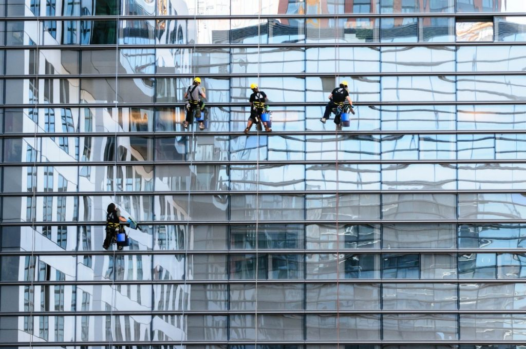 skyscraper cleaning