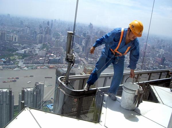 How dangerous is high rise window cleaning?